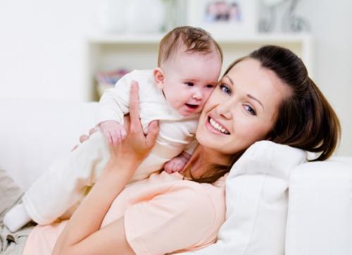 фото женщины с ребёнком